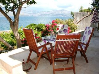 A 10 meter walk to the Beach through the Garden, with Stunning Sea View Terraces, Splitska