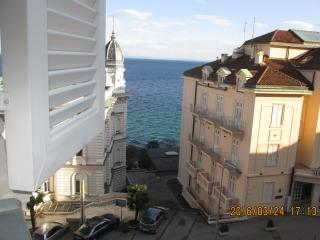 Opatija center apartment for 4 pax