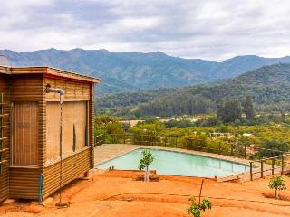 Gorgeous, dog-friendly home with a private swimming pool & mountain views!