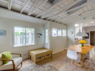 Stylish 3 Bedroom House in a Perfect Location, Los Ángeles