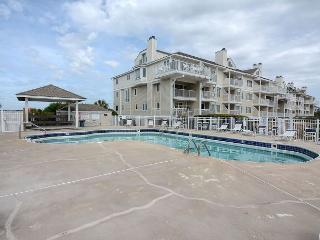 Wrightsville Dunes 1C-F - Oceanfront condo with community pool, tennis, beach, Wrightsville Beach