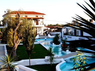 Skiathos Holiday House Maisonette for 4 Pers. Nr 1, Ciudad de Skiathos