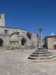 Main square at Castelo Novo