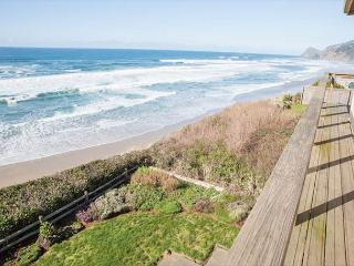 Panoramic views plus luxury at Surf and Sand!, Lincoln City