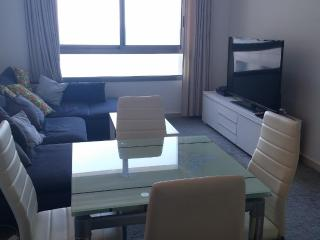 Stunning 2room on the water elevator and bellboy, Haifa