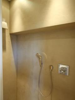 Douche et wc sur le palier
