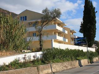 Apartment in Djenovici, Herceg Novi, Montenegro