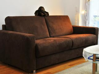 NEW: sofa-bed in FRANKFURT at Campus RIEDBERG ★★★, Frankfurt am Main