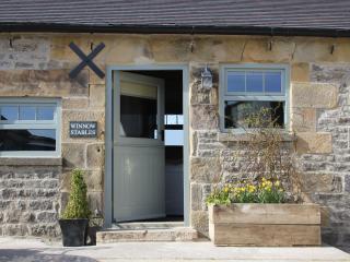 Winnow Stables - luxury barn, Dovedale, sleeps 4
