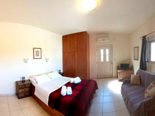 OSTRIA Studio, 100m from the beach
