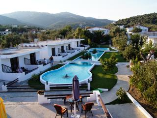 Skiathos Holiday House Apartment for 4 Per., Skiathos-Stadt
