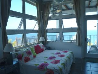 Sea Breeze  Villa Cozy Private Studio Apartment, Water Island