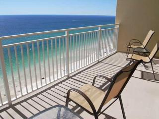 Emerald Beach 2033-1BR/2BA+Bunks-AVAIL7/23-7/30 -RealJOY Fun Pass-, Panama City Beach