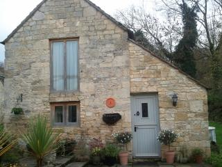 Cosy Stone Cottage for 2, A Walkers Paradise, Prestbury
