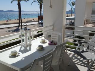 Apartamento de primera linea con vistas preciosas, Port de Pollenca