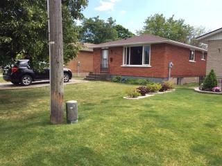 WELL MAINTAINED HOUSE, 3 BEDROOM, St. Catharines