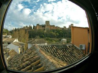 Atico con Vistas a la Alhambra y Terraza Privada, Granada