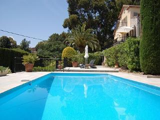 Mougins luxury 3 bed villa, private heated pool