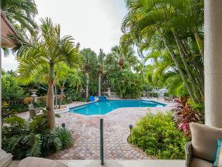 Exquisite Newly Remodeled 4 BR Key Colony Beach Home with Private Dock, Pool, & Spa