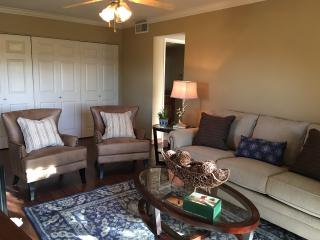 New Listing! Sunscape 1bed 1 bath on Golf Course