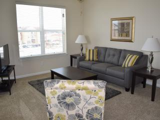 5305-2 Bedroom with Courtyard View, West Des Moines