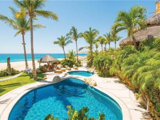 Beachfront Oasis - Villa Las Rocas, Cabo San Lucas