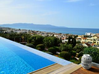 Winehill Top Luxury Villa in Platanias