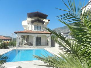 İN HİSARONU CENTRAL LUXURY 3 BEDROOM VİLLA, Hisaronu