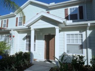 Beautiful 3 Bedroom Townhouse - Lucaya Village, Kissimmee