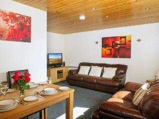 BRECON COTTAGES - GWYNEDD, 2 en-suite four poster bedrooms, sauna, WiFi, on-site facilities, near Pen-y-Cae, Ref. 925415, Pen-y-cae