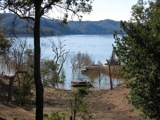 """Retreat"" - Taylor Bay, Lake Eildon"