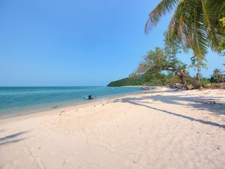 Lipa Talay See, Lipa Noi