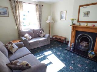 ROCKVILLE, Victorian terraced cottage, open fire, patio, garage parking, shop and pub 2 mins walk, in Hawes, Ref 934652