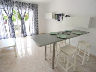 T406. Apartment in Costa Teguise.