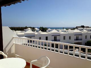 T302. Apartment in Costa Teguise.