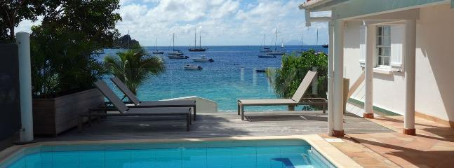 3 Bedroom, Walk to the Beach, Private Pool, Sleeps 6