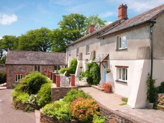Lower Toft Farmhouse, Roadford Lake, Devon, Beaworthy