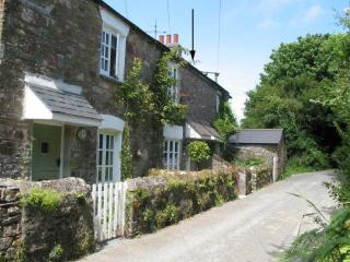 2 Middle Gabberwell, Kingston, Devon