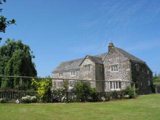 Tretawn Farmhouse, St Kew, Cornwall, Wadebridge