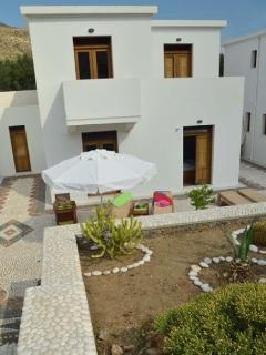 Georges Villa front gardens