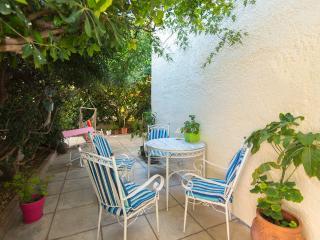 Perfect Studio for 2 on the village of Ialisos, Ialyssos