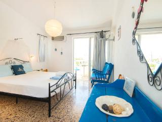 Romantic Studio  in ialisos traditional village!, Rhodes (ville)