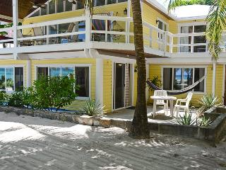 St. Mac's Beachfront Apartment