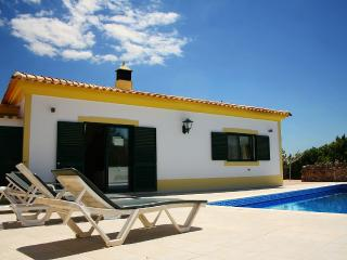 2 bedroom villa with private pool, Boliqueime