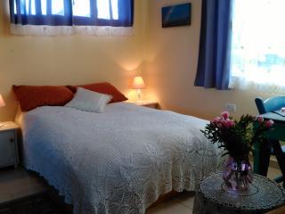 Gan Hapaamonim - Cosy suite in paradise garden