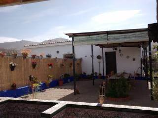 Casa Azul - a peaceful,  detached studio cottage, Motril