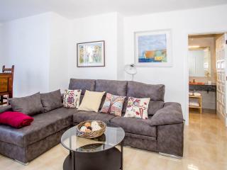 apartamento renovado espacioso y tranquilo