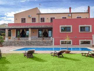 Villa Papiropoli, Canicattini Bagni