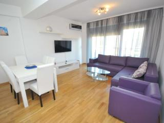 Modern three-bedroom apartment in centre of Budva