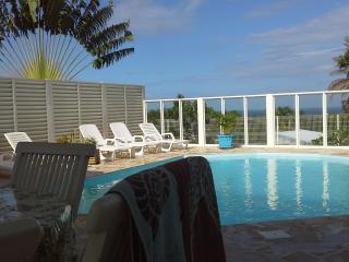 Résidence CaZméti'C - Bungalow Alizés - piscine, Le Marin